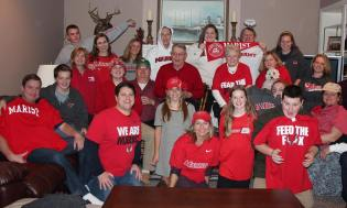Kaleigh Tierney _ Family all in Marist Gear @ Christmas
